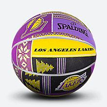 斯伯丁NBA圣诞系列黄?#26029;?#33014;篮球83-640y